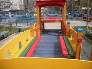 Детско влакче за площадка