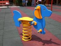 Детска клатушка куче