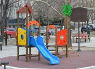 Детска площадка с площ 6100 x 5200 mm