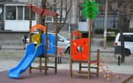 Детски уреди за игра с размери 3 100 х 2 200 mm