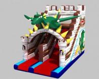 Надуваем замък с дракон